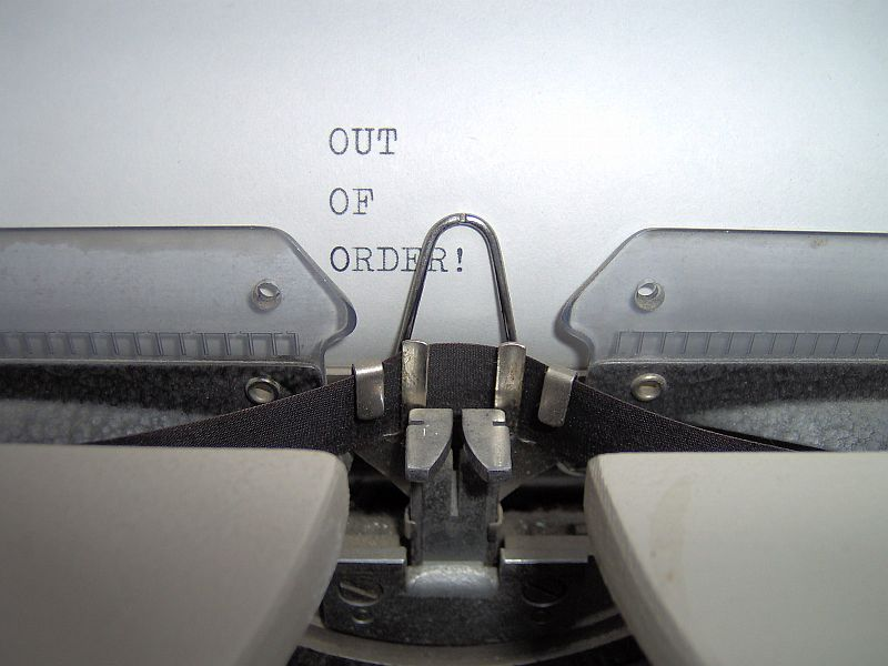 out of order typing machine 03