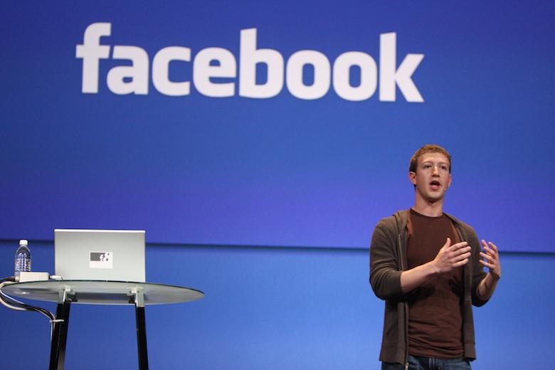 Mark Zuckerberg, le patron de Facebook, est sans doute le plus grand diffuseur de contenus médias.
